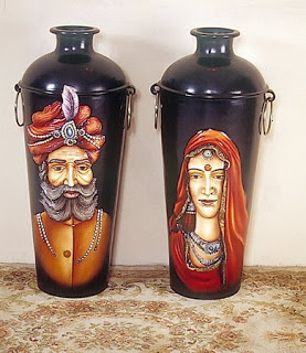 Knick-knacks and curios indian touch - Maharaja-Maharani Pots