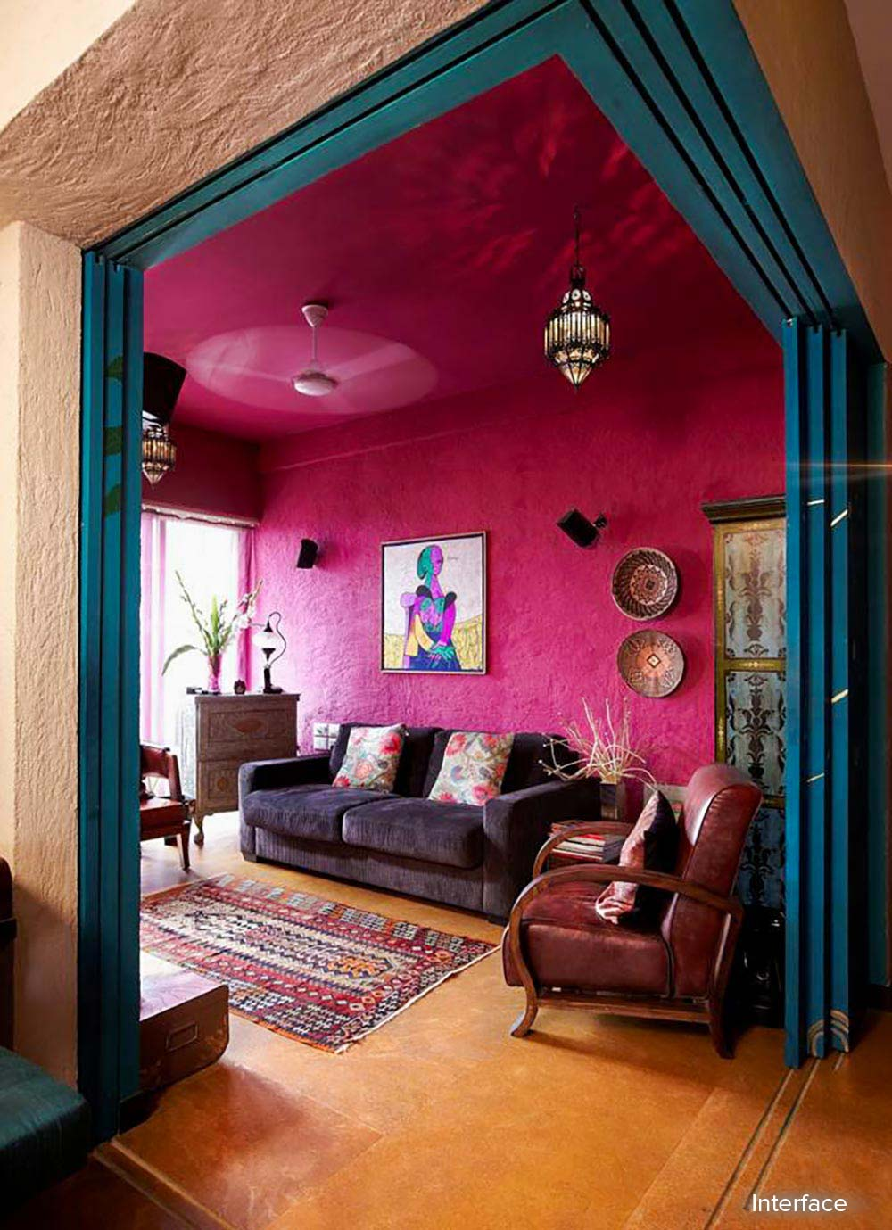 Home tour a mumbai home that delights in its turkish for Decoration job in mumbai