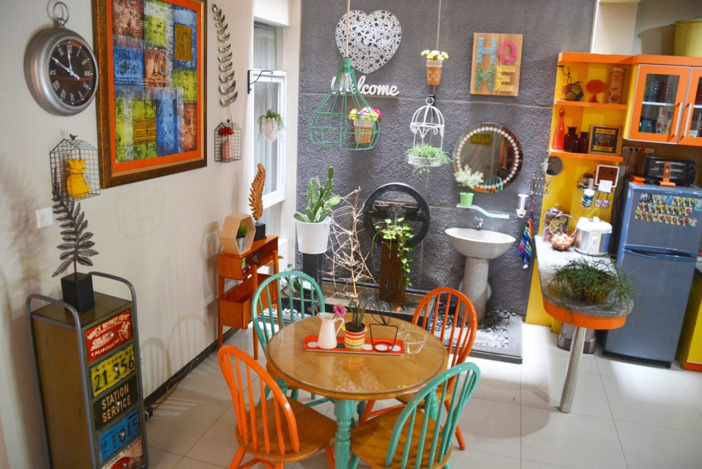 Inda and Sony Sulaksono's Colorful Home in Indonesia