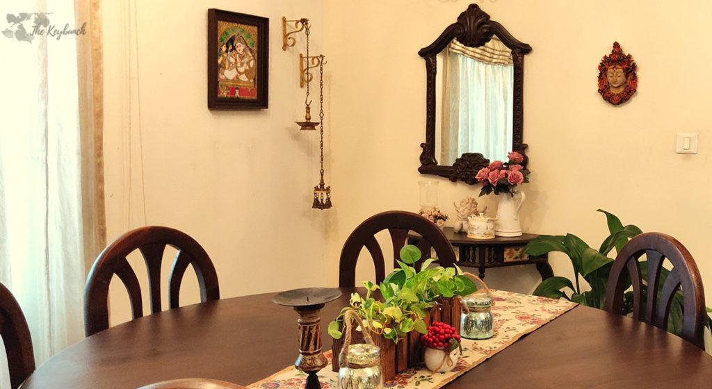 Jayashree Rajan's garden apartment tour on The Keybunch: mirror in the dining room
