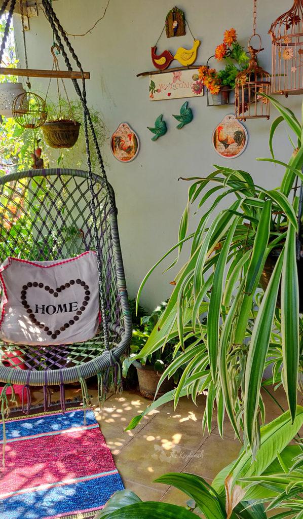 Jayashree Rajan's garden apartment tour on The Keybunch: A dreamy swing in balcony