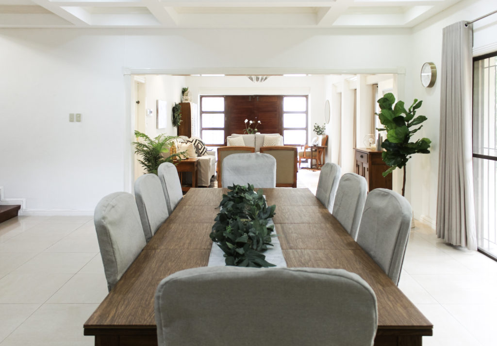 Home Tour with Kaho of Chuzai Living - Slipcovers on the chairs brightened up the dining room